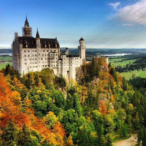 Beautiful Neuschwanstein castle in Autumn